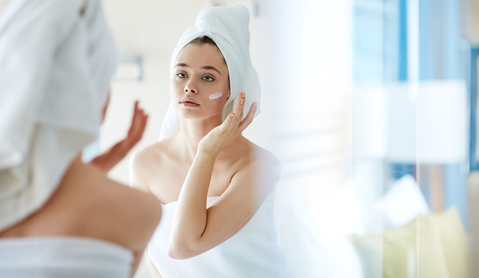 "Are Moisturizers Really ""Hypoallergenic"" or ""Fragrance-Free?"""